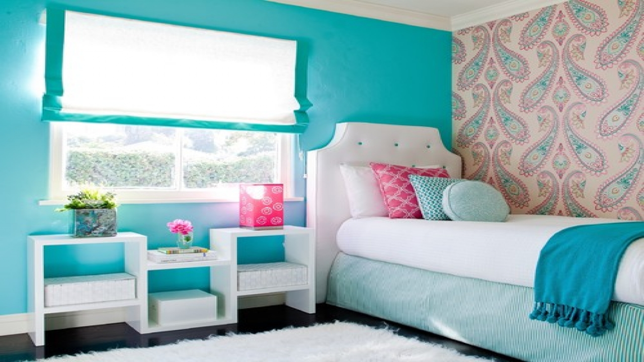 Girl Bedrooms With Wallpaper Pattern Blue Wall Bright Colors And Rug 1280x720