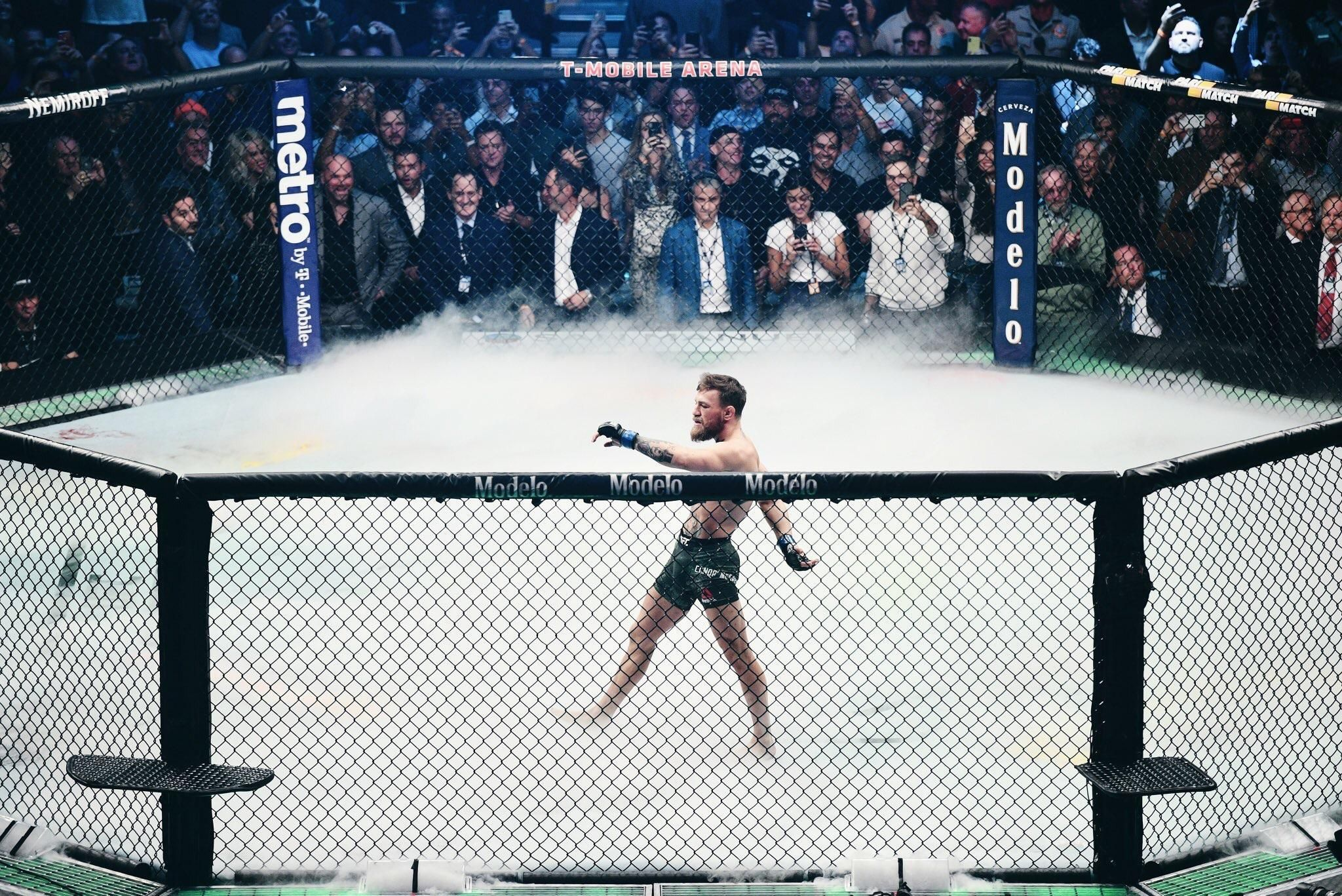 Photo of Conor McGregors UFC 229 walkout Trending Connor 2048x1367