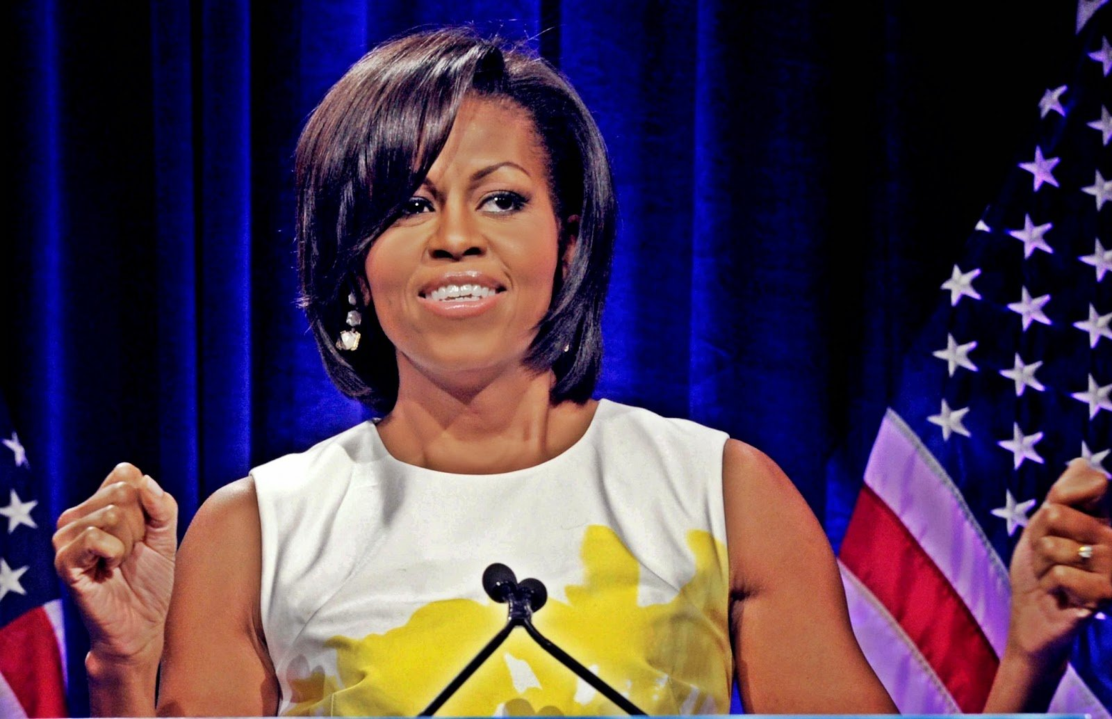 michelle robinson obamas biography Michael lavaughn robinson, washington, district of columbia 1,211 likes 14 talking about this building the past and identity of michelle obama's.