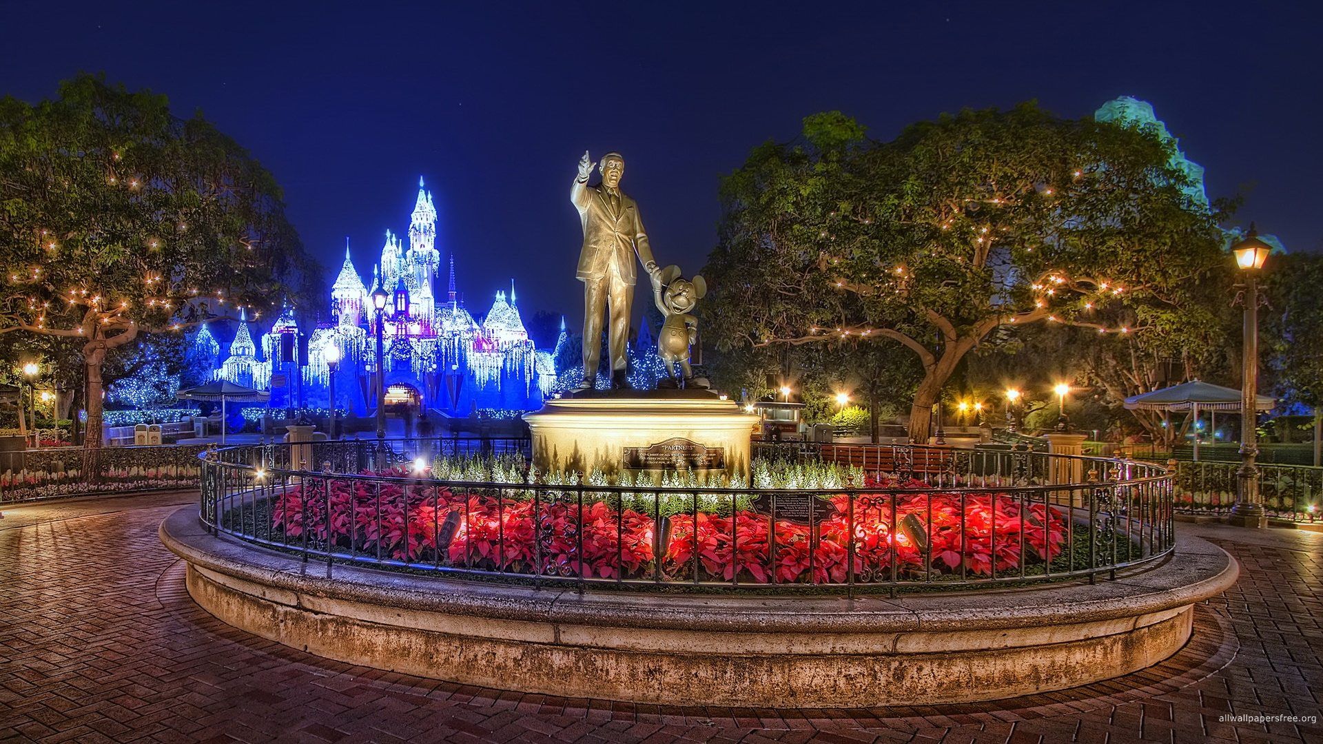 coinwp contentuploads201311disney world christmas wallpapersjpg 1920x1080