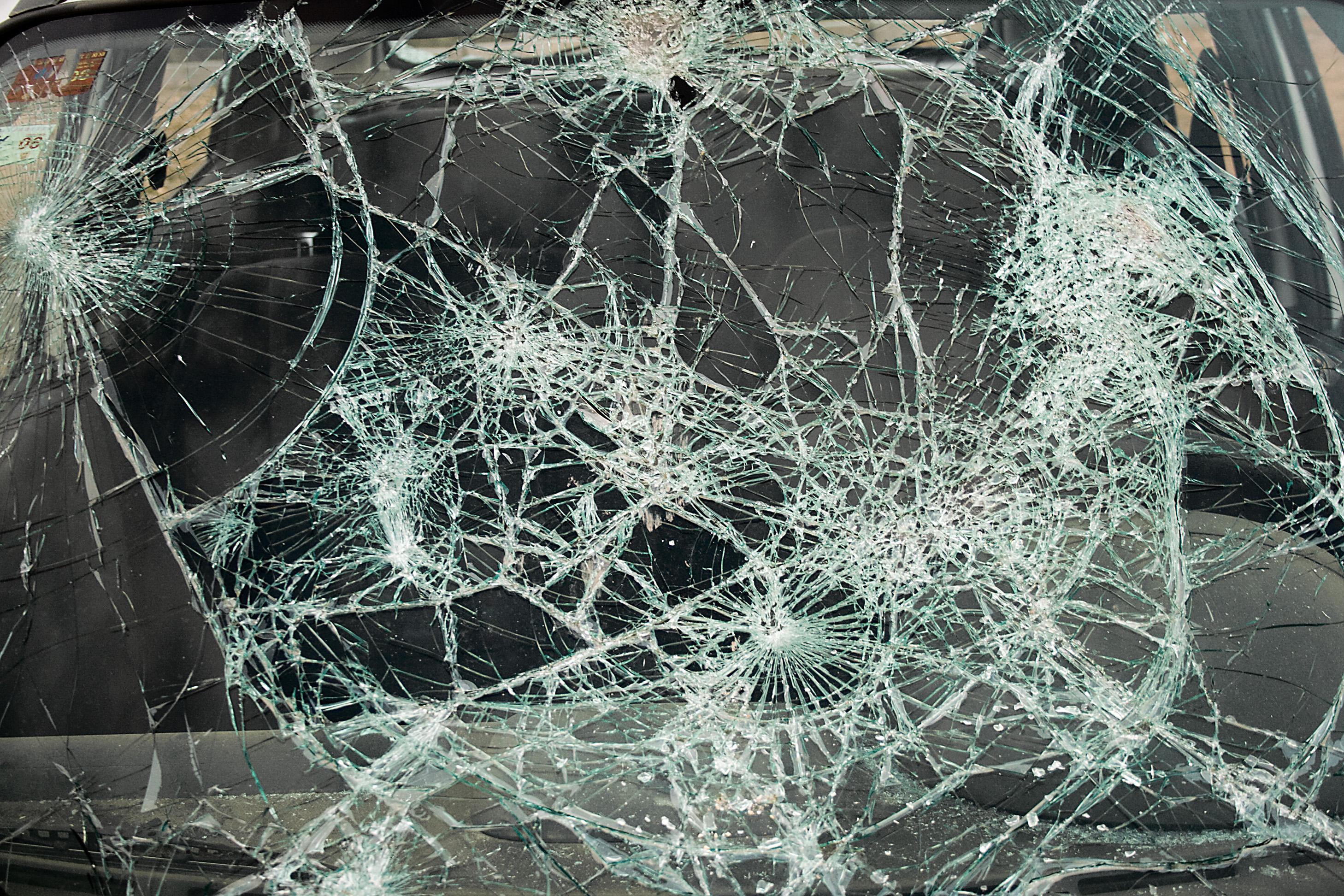 45 Realistic Cracked and Broken Screen Wallpapers   Technosamrat 2916x1944