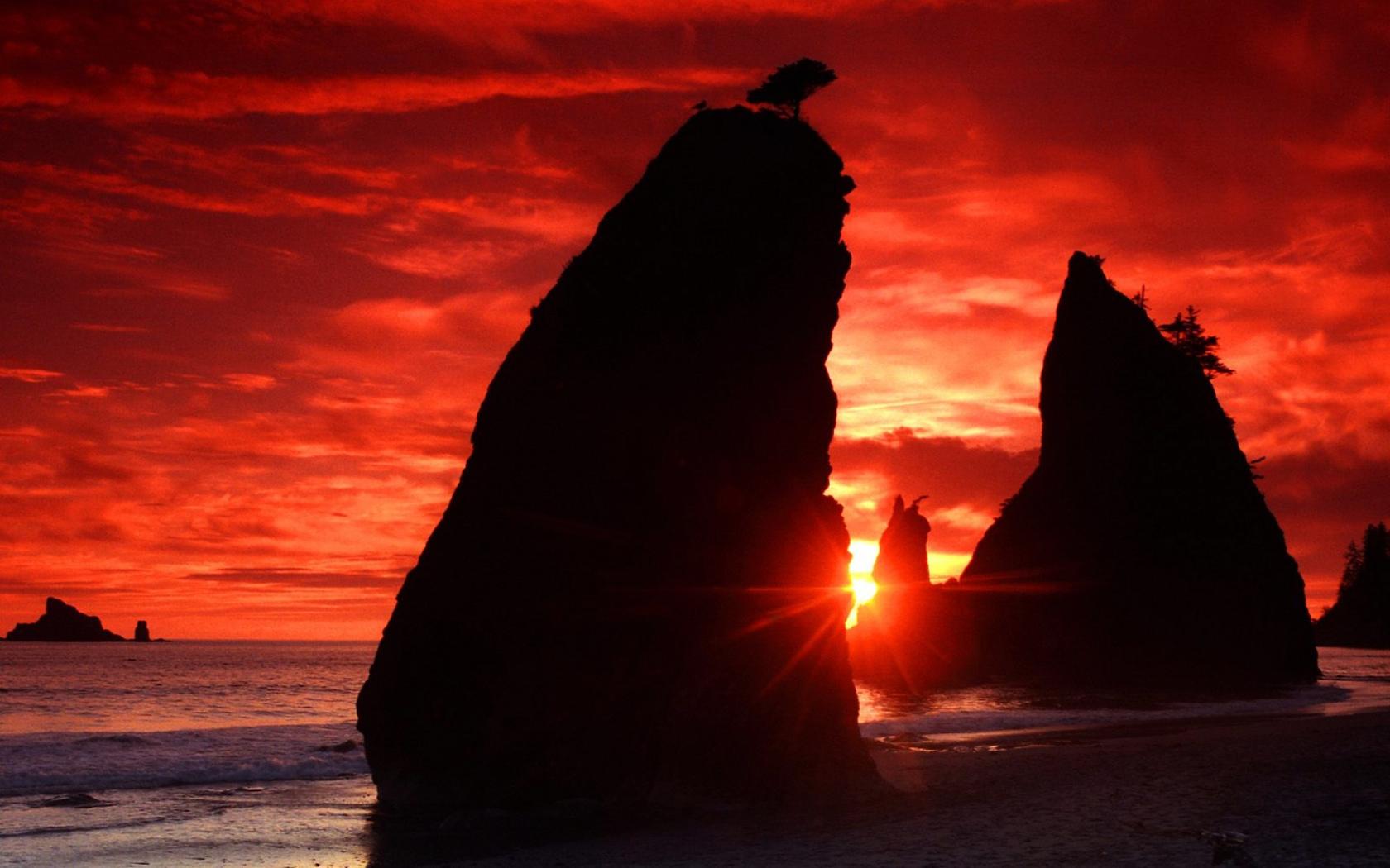 Eye catching red sunset beach wallpaper   Beach Wallpapers 1680x1050