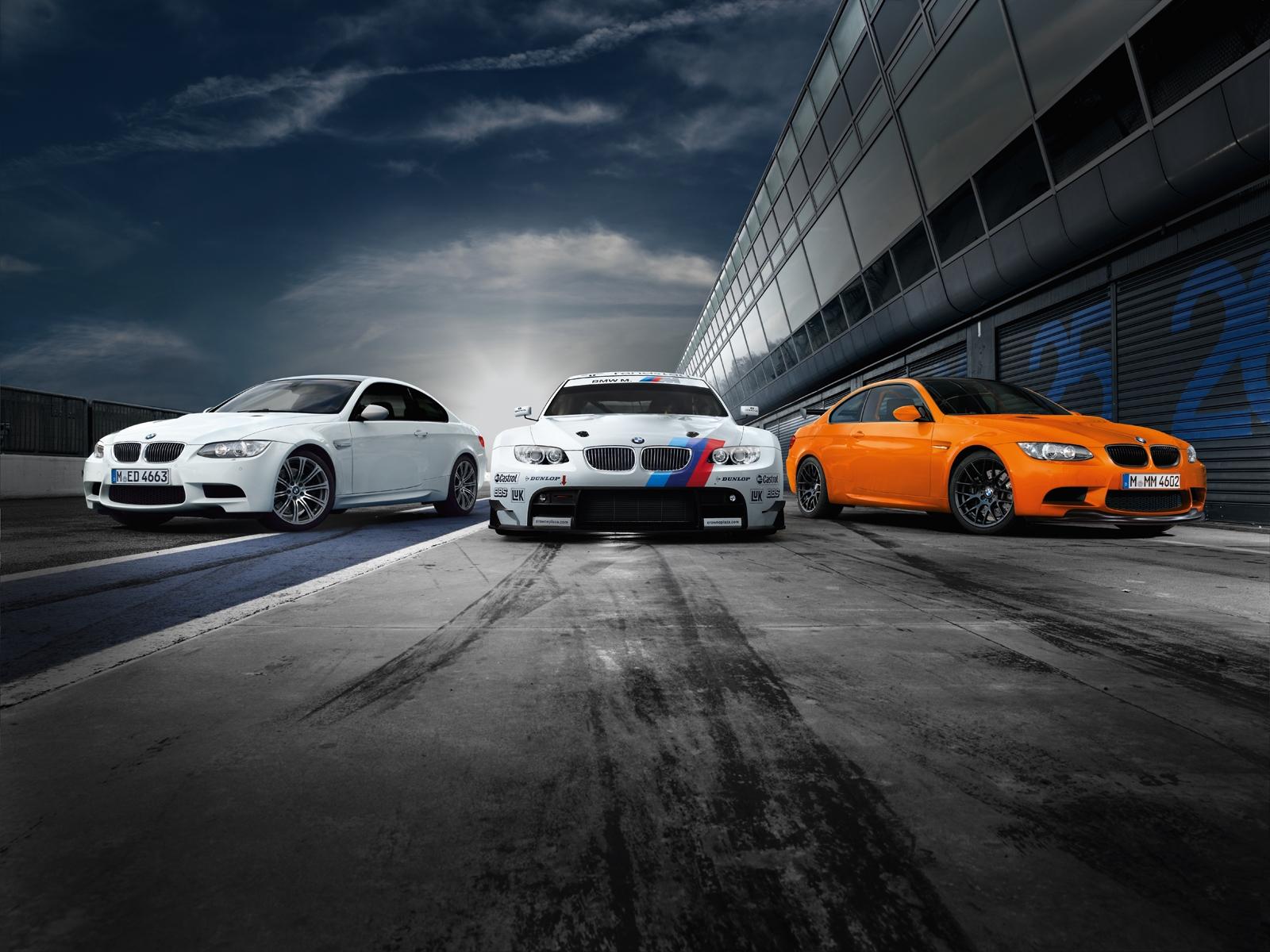 BMW M3 WallpapersBmw m3 wallpaper Bmw m3 wallpaper 1600x1200