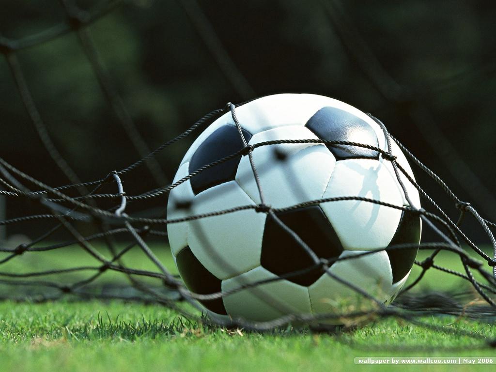 of Football Match 1024x768 NO2 Desktop Wallpaper   Wallcoonet 1024x768