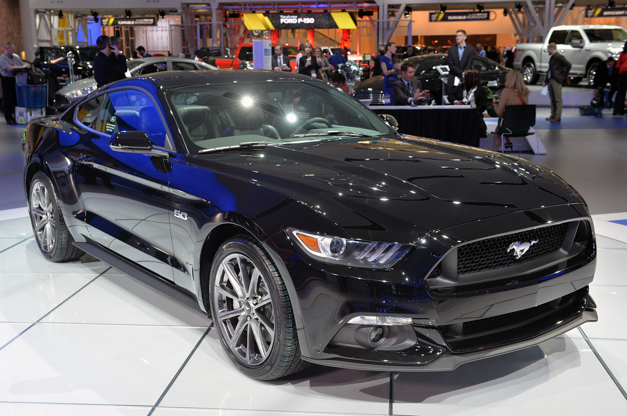 Ford Mustang 2015 Black AsGbIcVZ   FewMocom Cool Car Wallpaper 1280x850