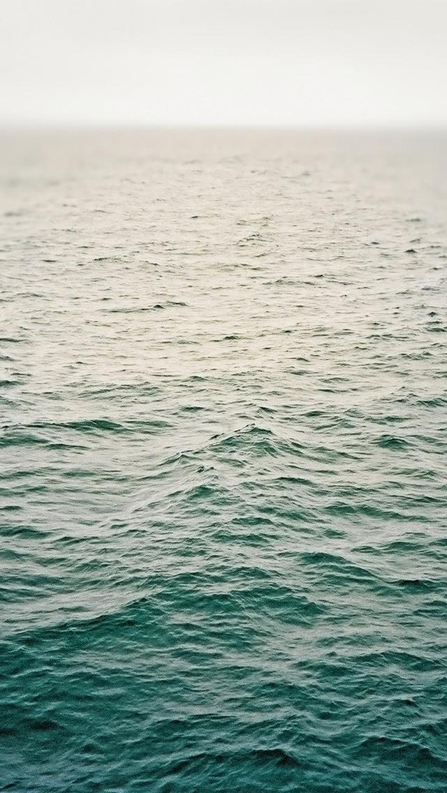 Deep Ocean   The iPhone Wallpapers 640x1136