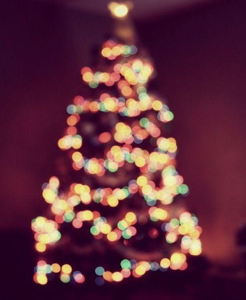 Christmas Tree Lights Iphone Wallpaper