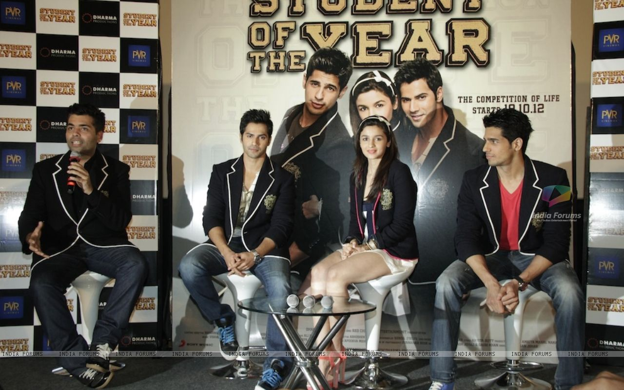 Download Wallpaper First Look of the Film Student of the year 217625