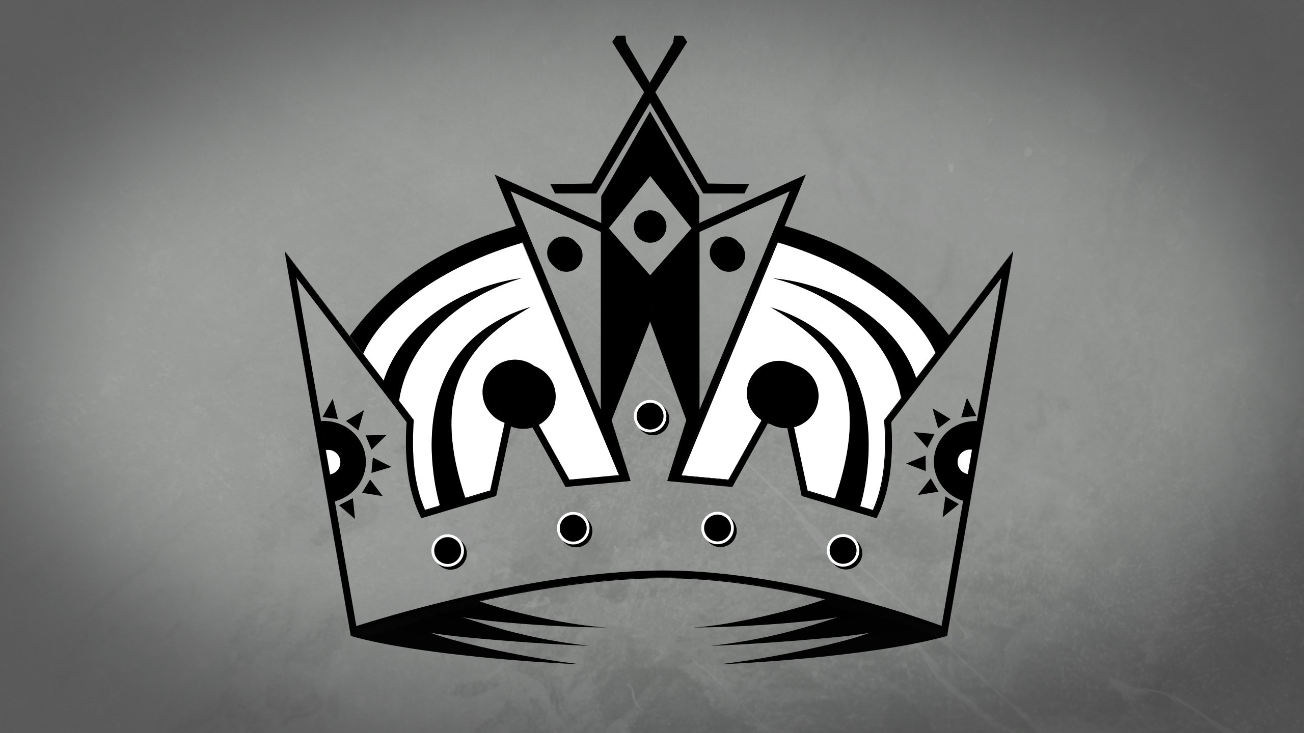 Download Crown Backgrounds 2560x1440