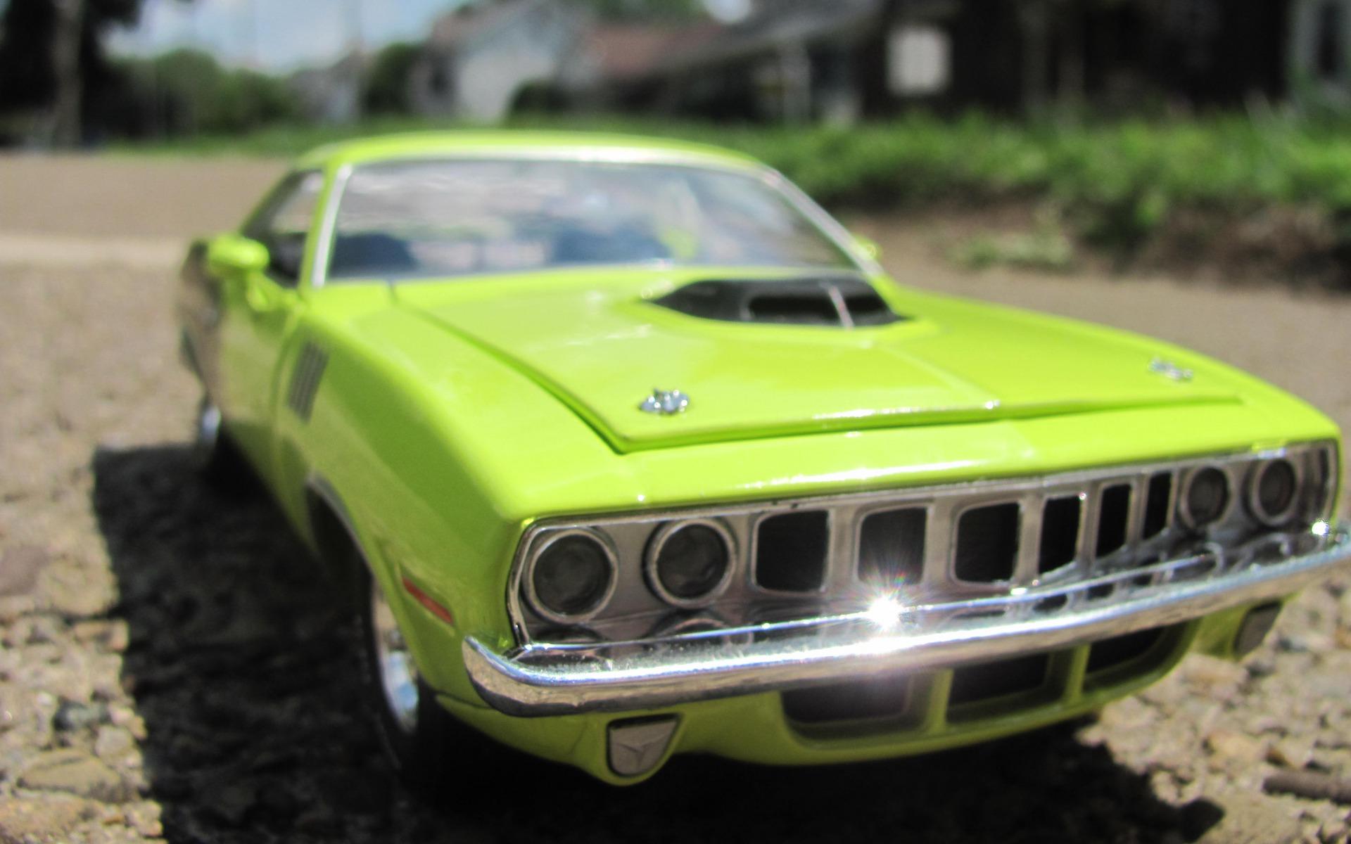 зеленый автомобиль plymouth cuda  № 3131847 загрузить