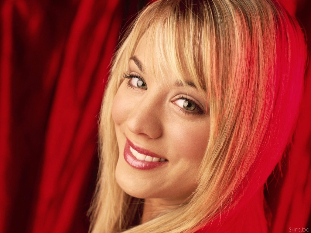 Kaley Cuoco desktop wallpaper download in widescreen 1024x768