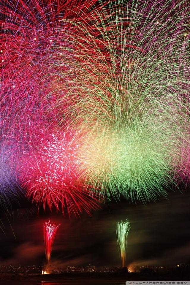 Amazing Fireworks 2020 Ultra HD Desktop Background Wallpaper for 640x960