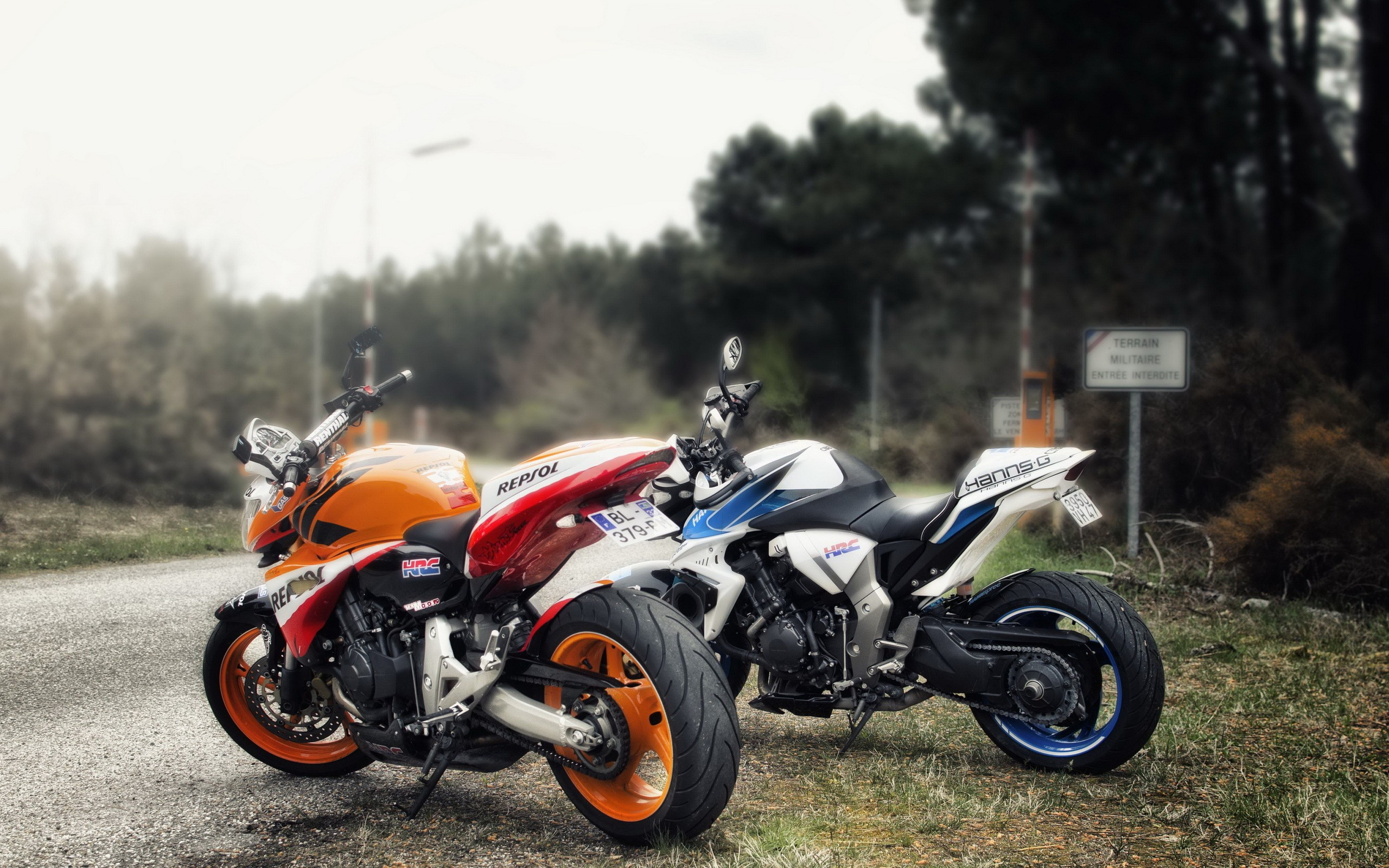 Download the Repsol and Hanns G Wallpaper Repsol and Hanns G 2560x1600