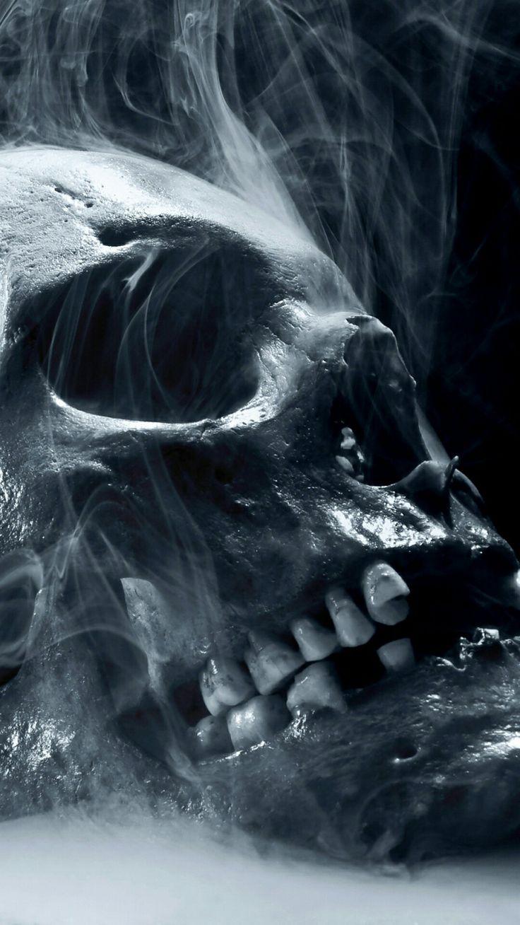 91+] Smoking Skull Wallpapers on WallpaperSafari