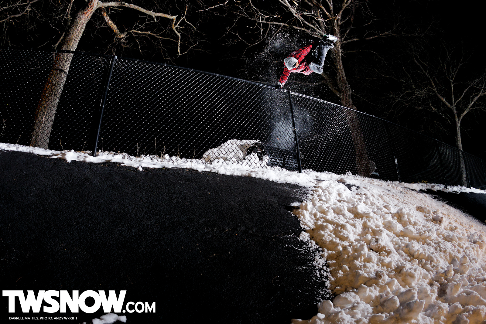 Wallpaper Wednesday Street Style TransWorld SNOWboarding 1600x1067