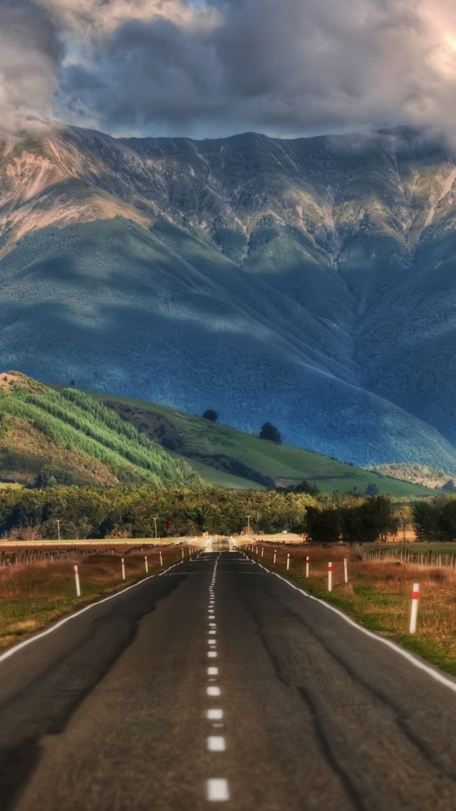 Here Are The Top 10 Best IPhone 5 Wallpapers Maypalo 640x1136