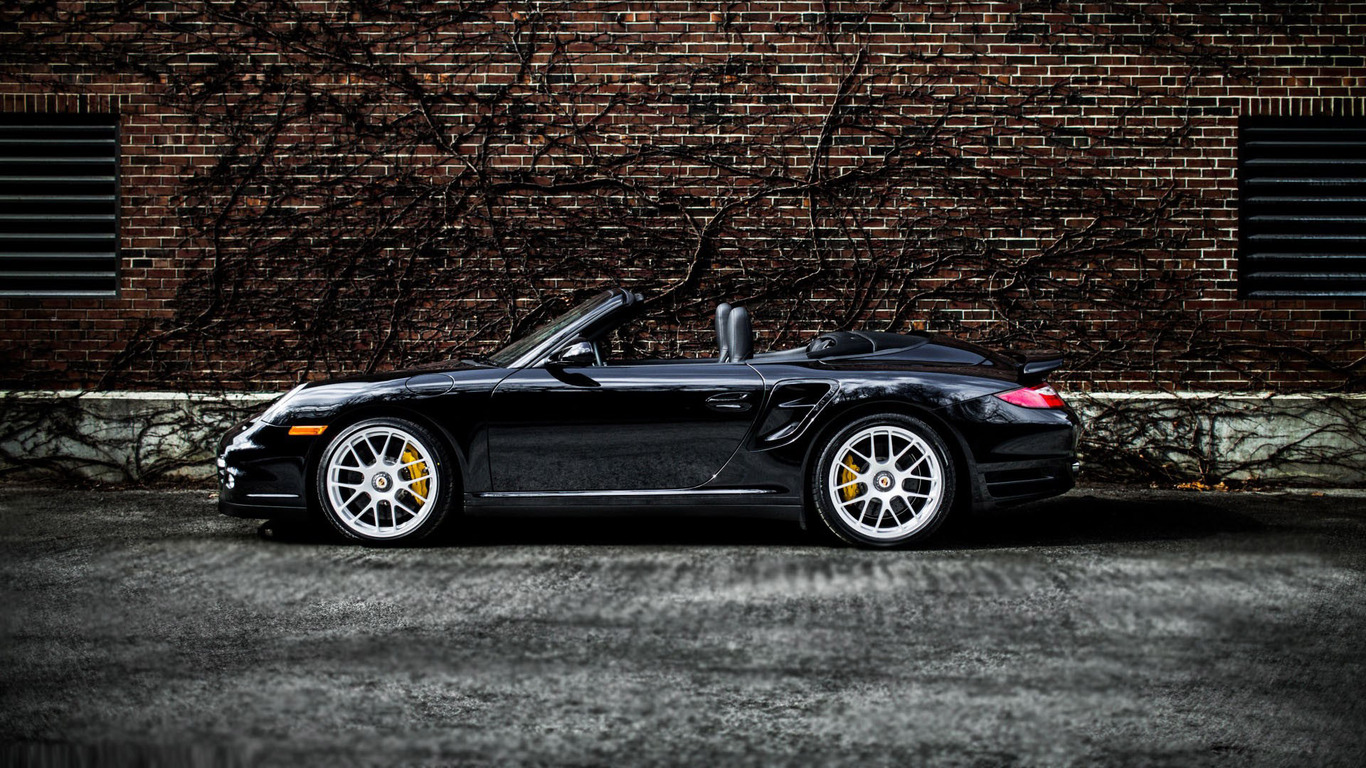 Download 2012 Porsche 911 Turbo S Cabriolet wallpaper 1366x768