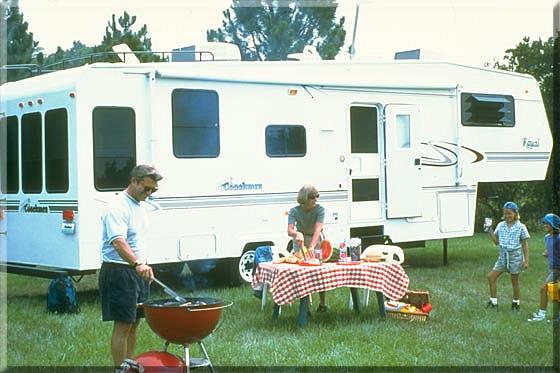 [47+] RV Camping Wallpaper on WallpaperSafari