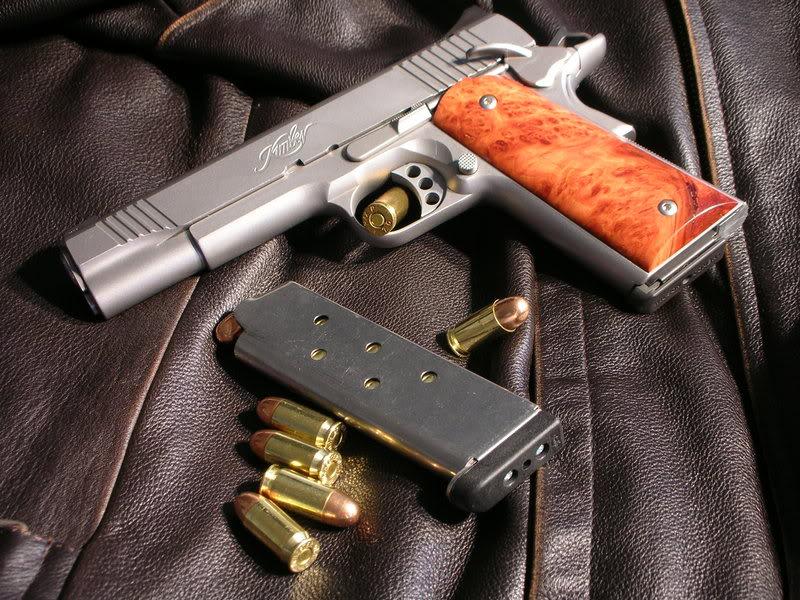 M1911 pistol wallpaper Wallpaper Wide HD 800x600