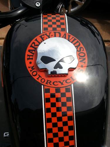 Harley Davidson Willie G Skull Willy Gun 375x500