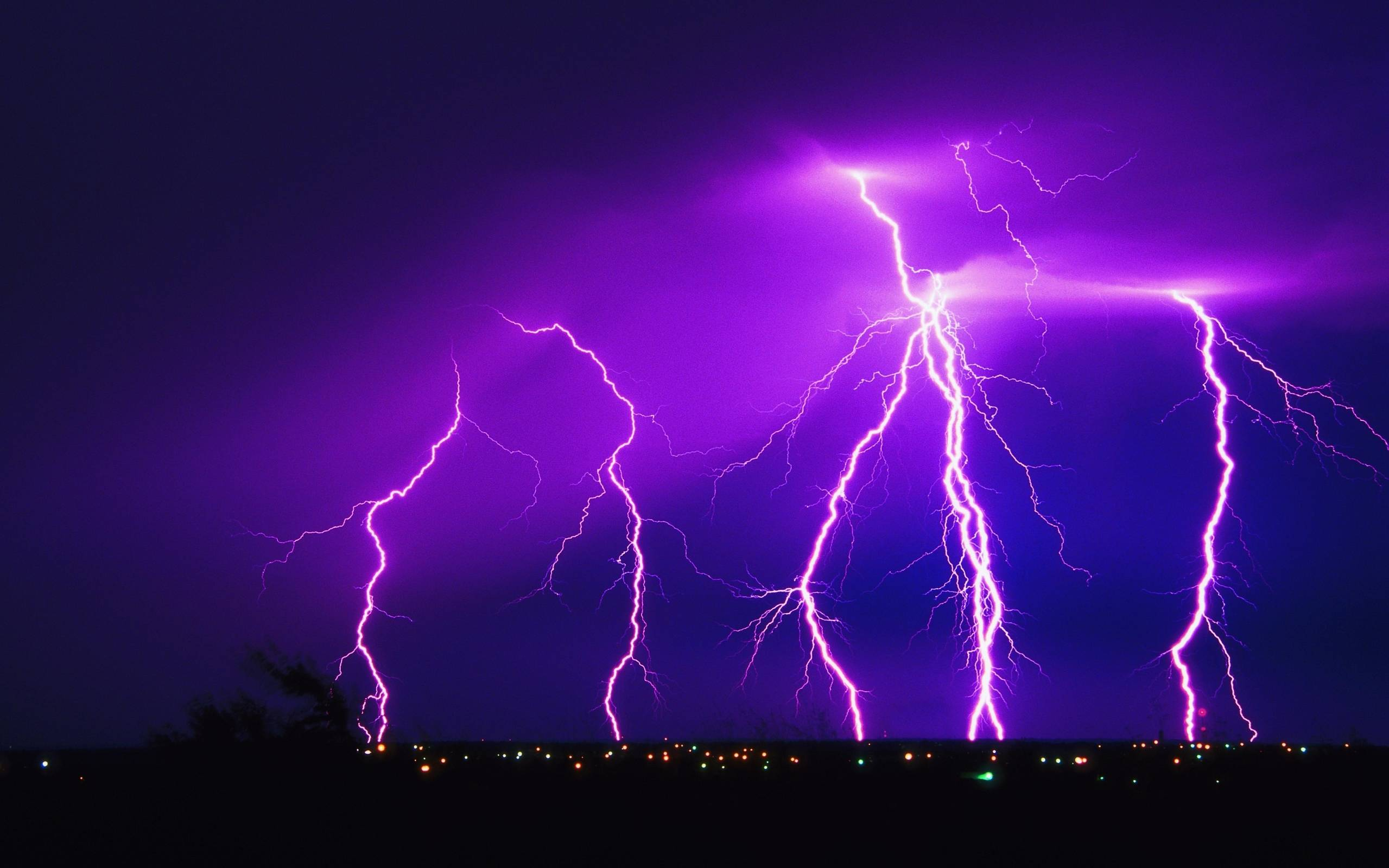 Lightning Strike Wallpapers 2559x1600