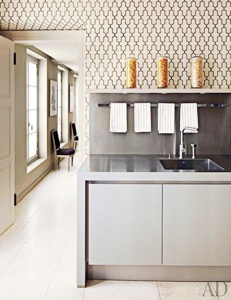 moroccan inspired trellis wallpaper phillip jeffries grey cabinetry 462x600
