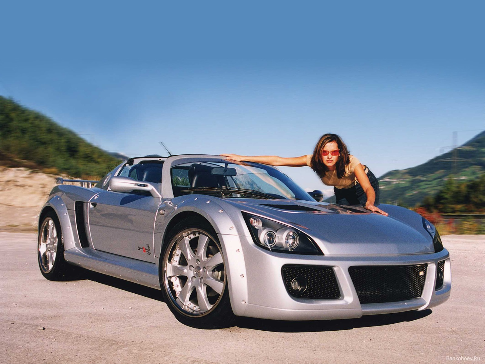 Home Girls Girls and cars Download wallpaper Sport Car and girl 1600x1200