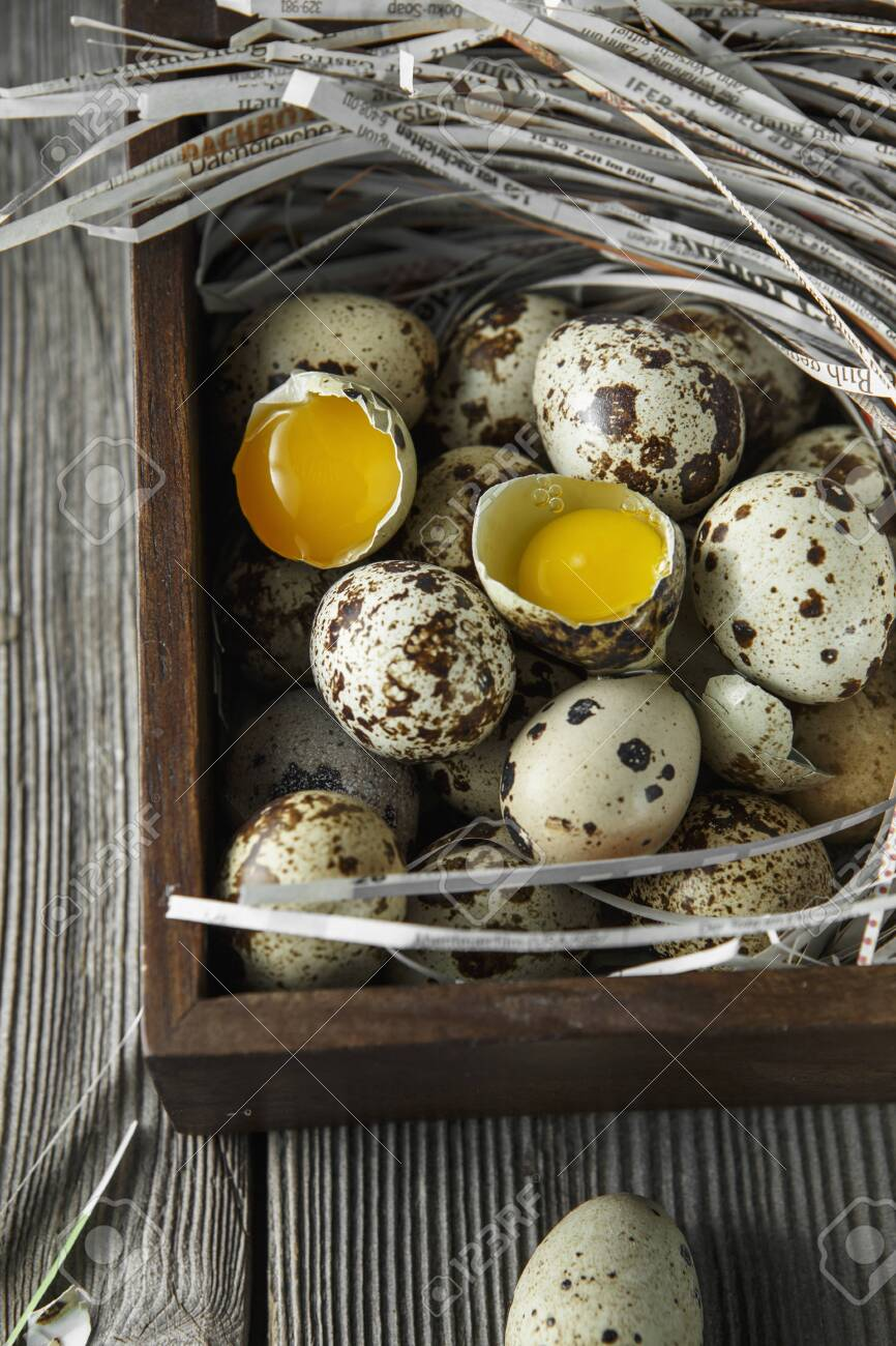 Quail Eggs Flat Lay Composition With Small Quail Eggs On The 866x1300