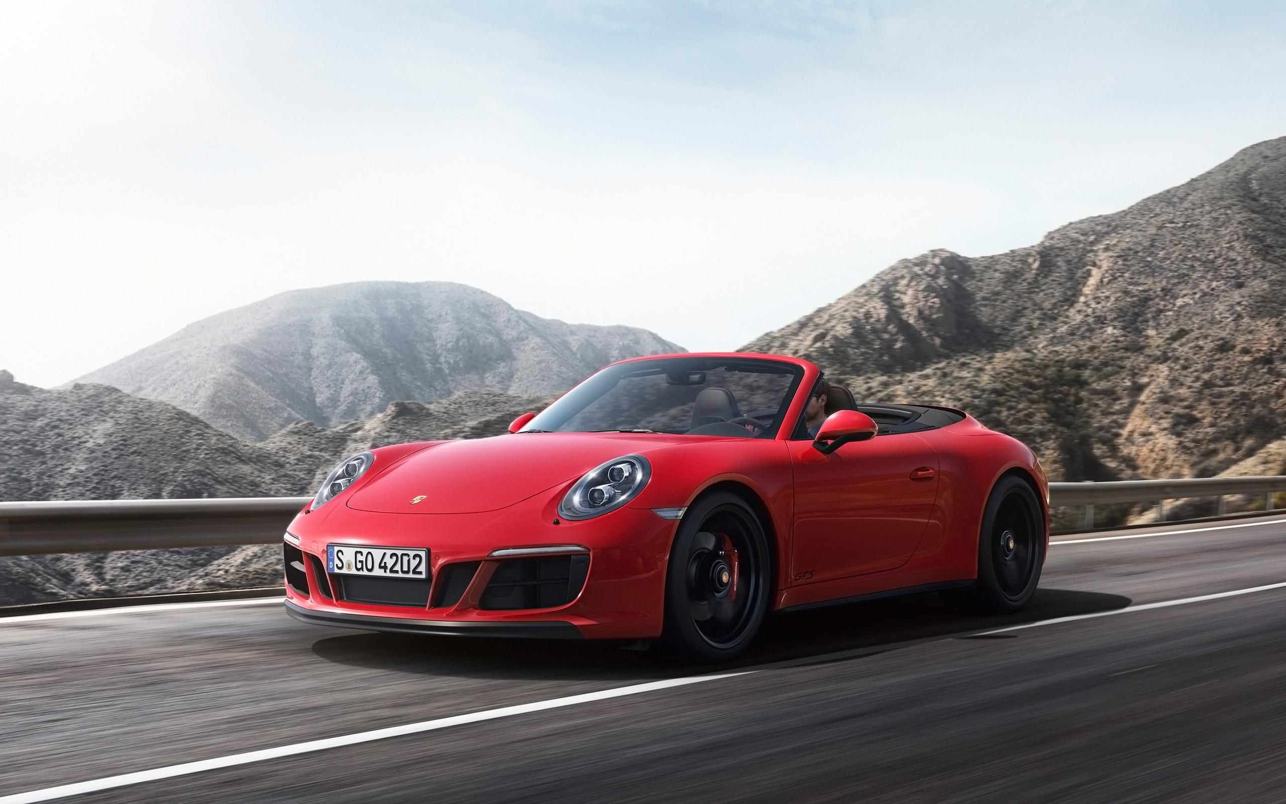 2017 Porsche 911 GTS   Carrera 4 GTS Cabriolet   1   2560x1600 2560x1600