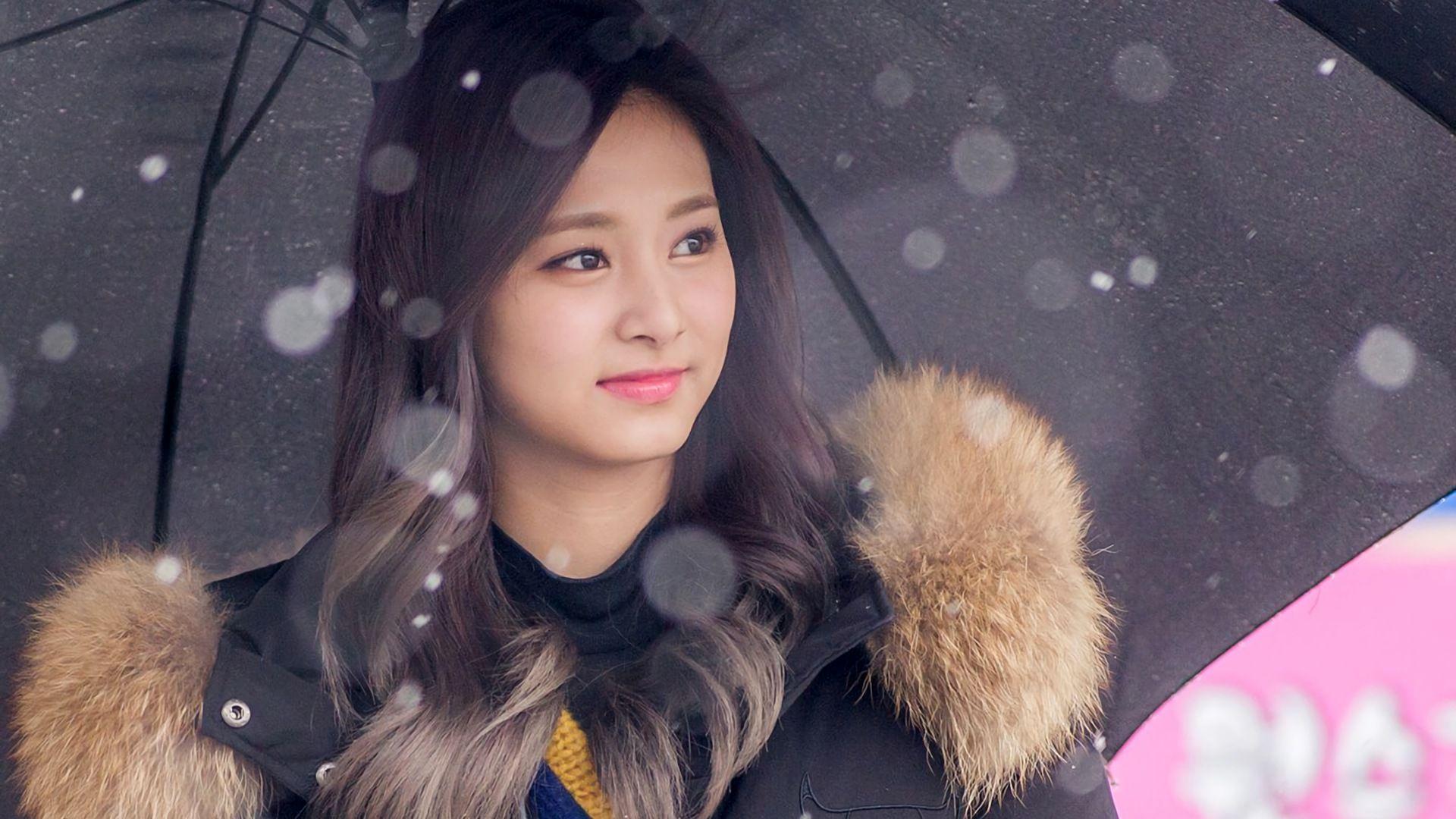 1920x1080 HD Wallpaper of Tzuyu Chou Tzu yu K Pop Girls Singer 1920x1080