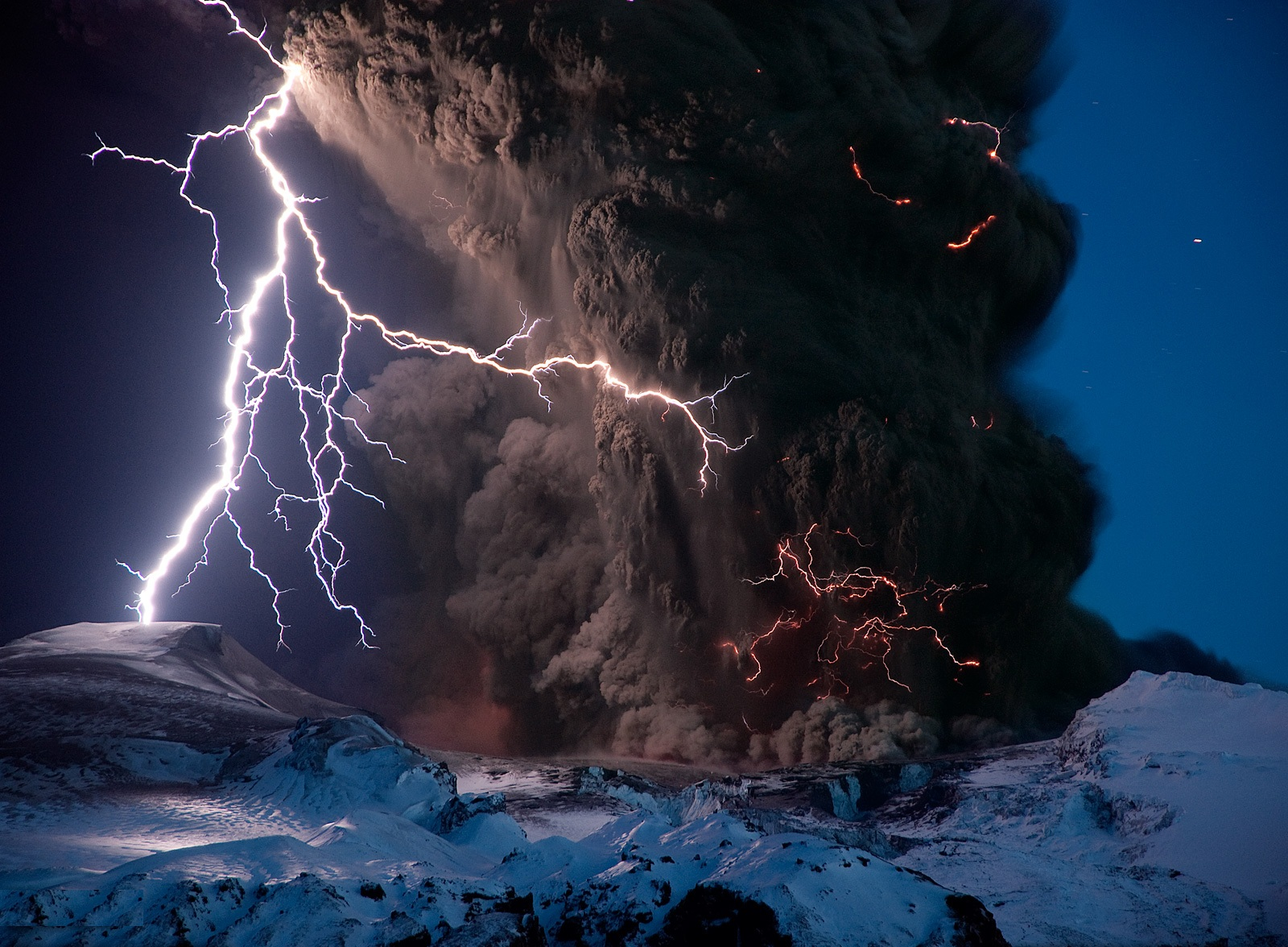Widescreen Thunder Storm Wallpaper and Backgrounds