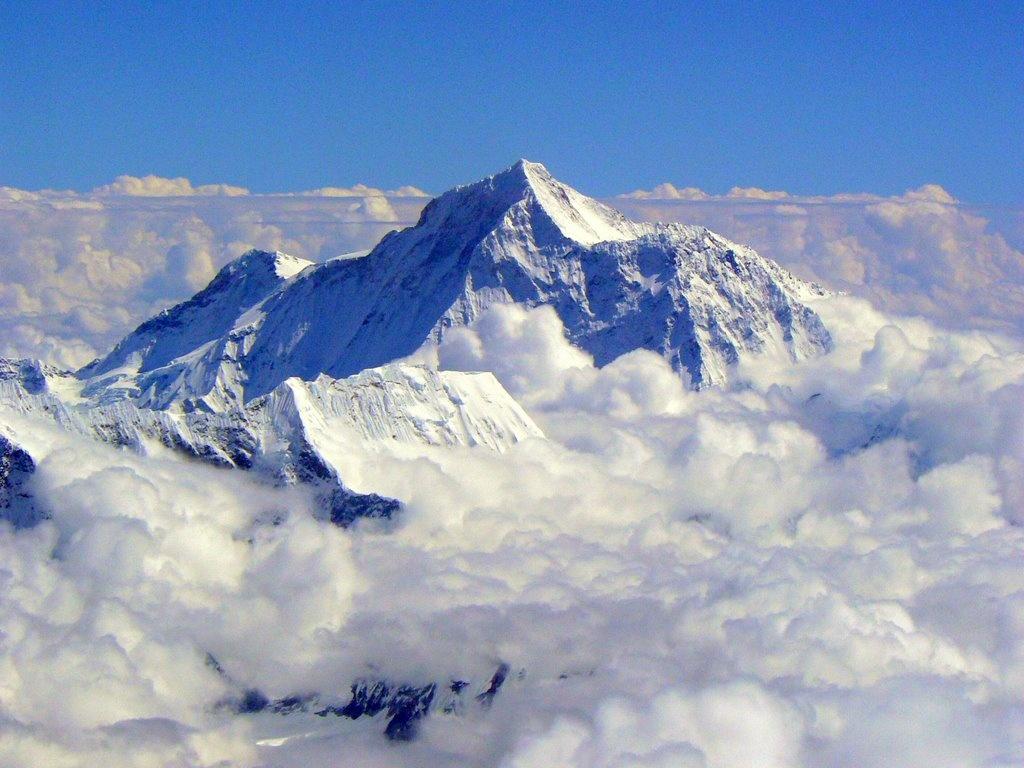 Mount Everest travel happy land 1024x768