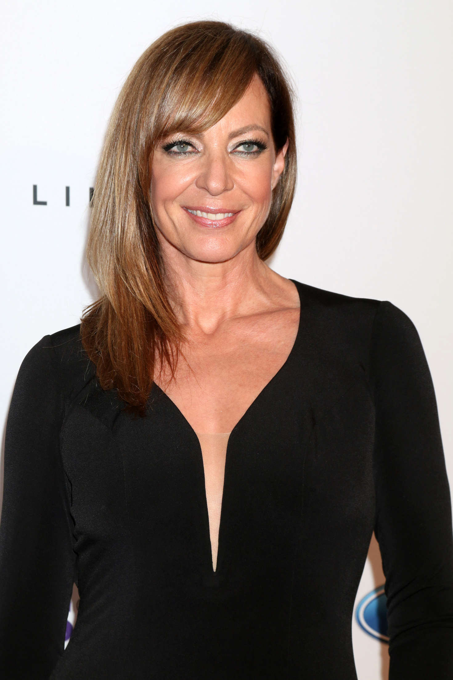 Allison Janney   41st Annual Gracie Awards Gala in Beverly 1470x2205