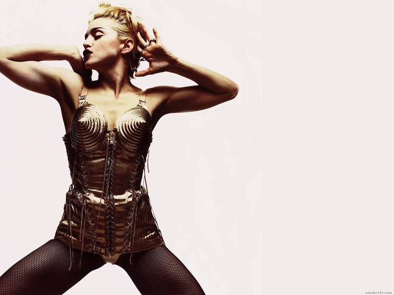 Madonna High quality wallpaper size 1280x960 of Madonna Wallpaper 1280x960