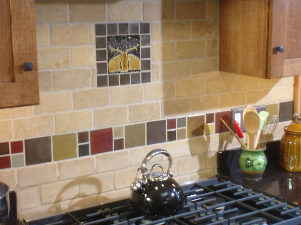 How to tile a travertine backsplash backsplash glass tiles canada 616x462