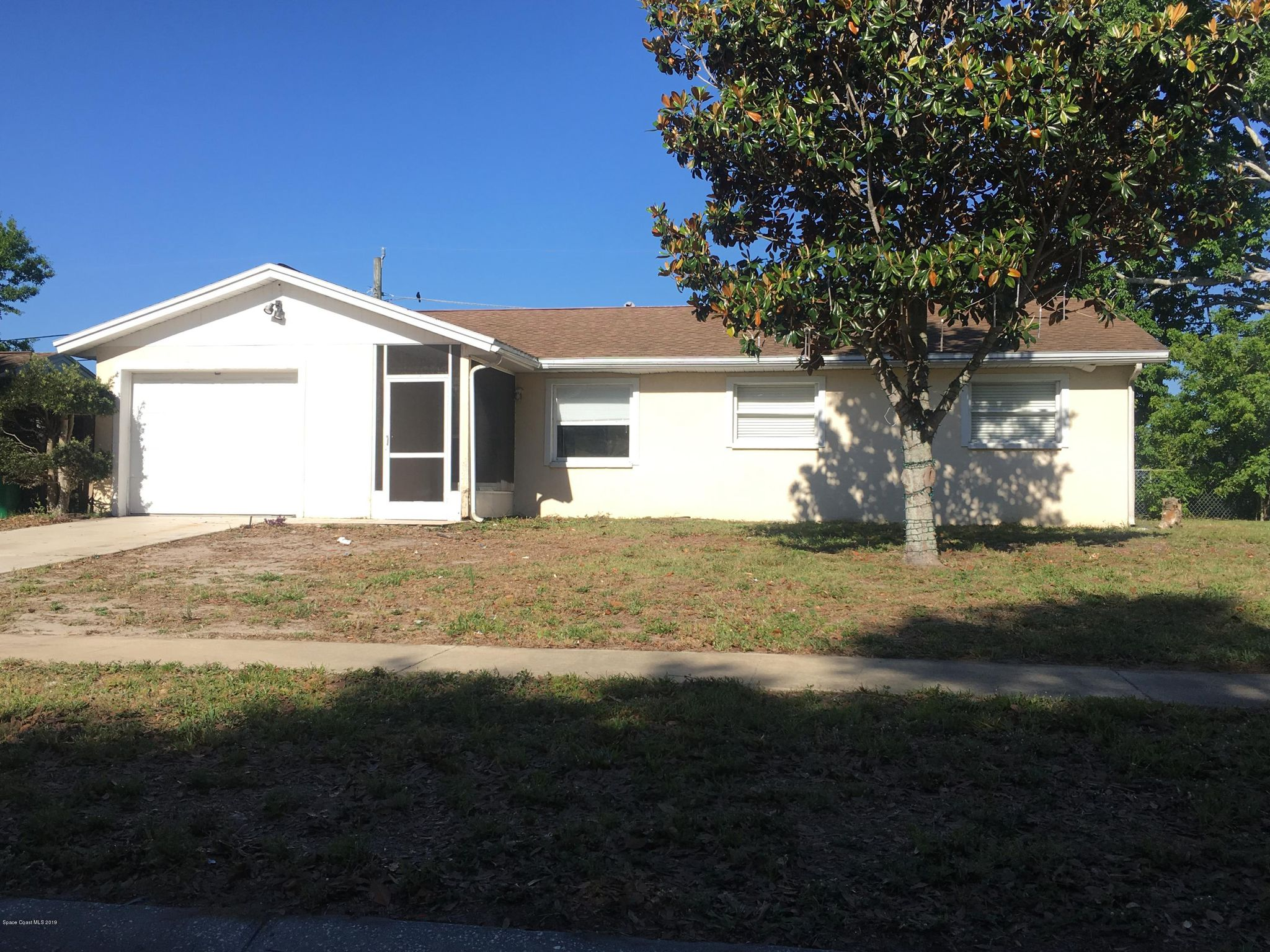 546 Louvre Dr Melbourne FL 32935   3 Bed 2 Bath Single Family 2048x1536