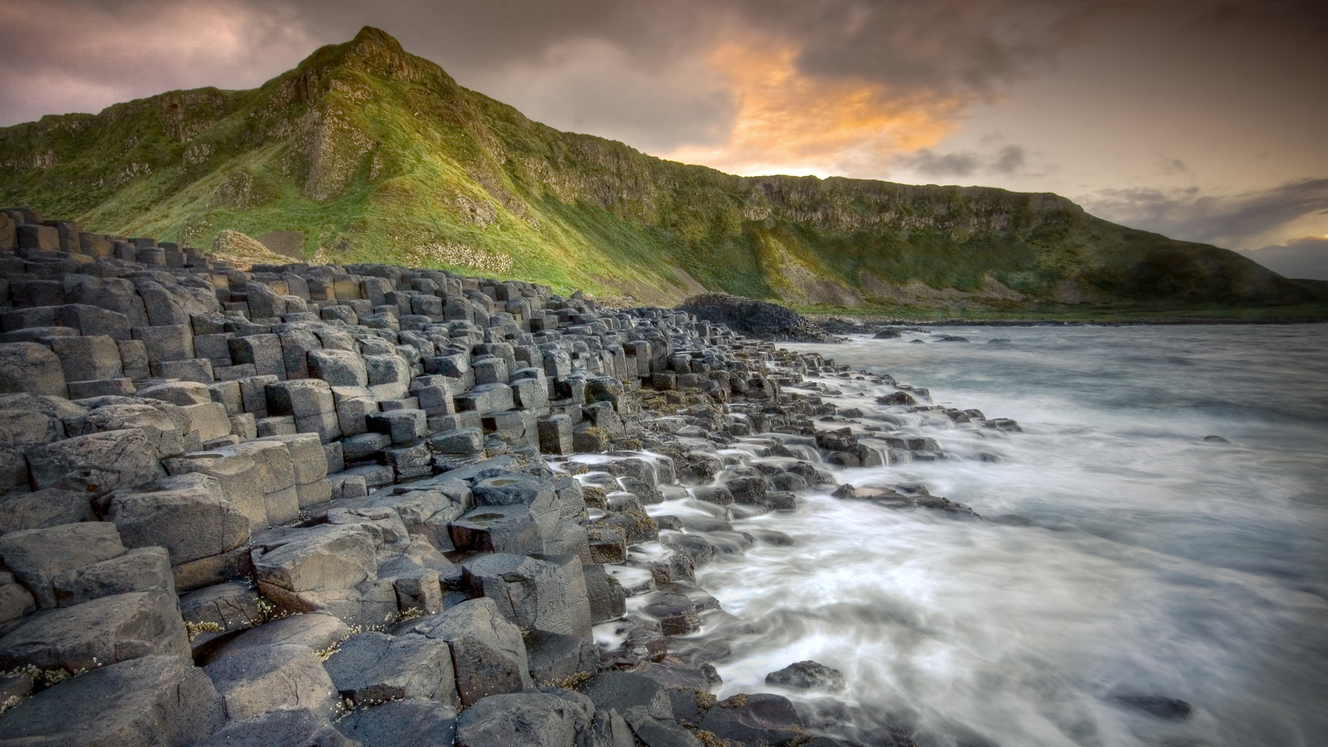 Giants Causeway in Ireland awesome landscape 1920x1080 1920x1080
