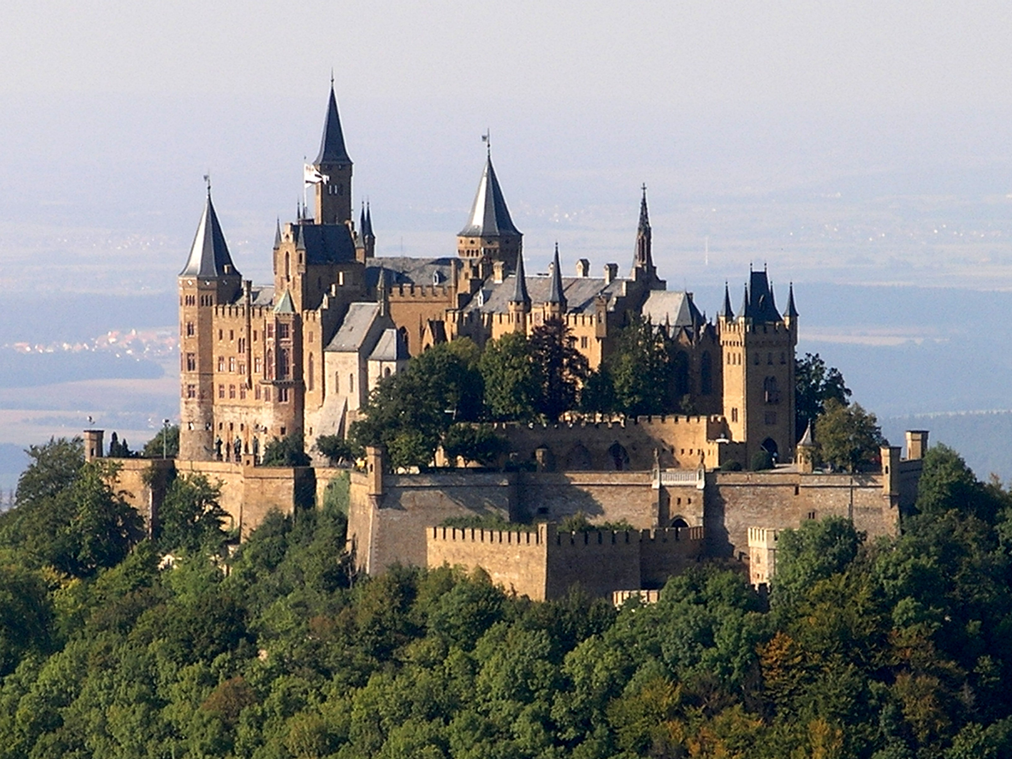 Hohenzollern Castle   Wikipedia 3264x2448