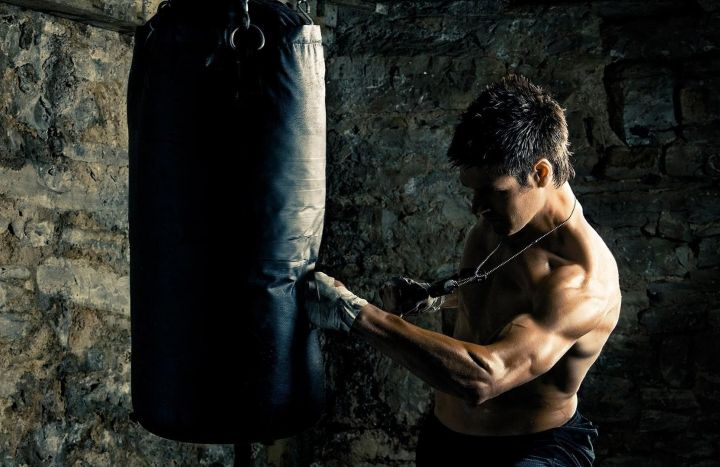 man sportsmen men punching bag hd wallpapers collection wallpapers hq 720x467
