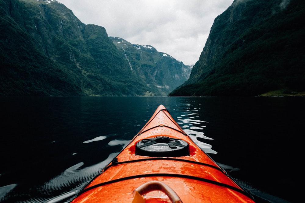 Best 20 Kayak Pictures Download Images on Unsplash 1000x667