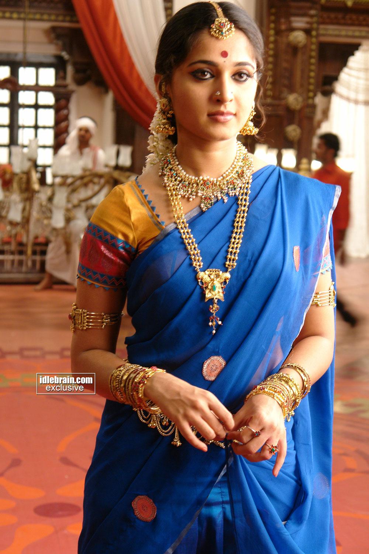Arundhati Wallpapers Arundhati Anushka Movie Stills Telugu 1000x1500