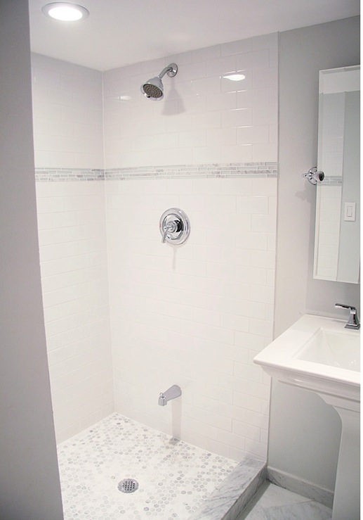 Subway Tile Shower   Contemporary   bathroom   Benjamin Moore Paper 517x739