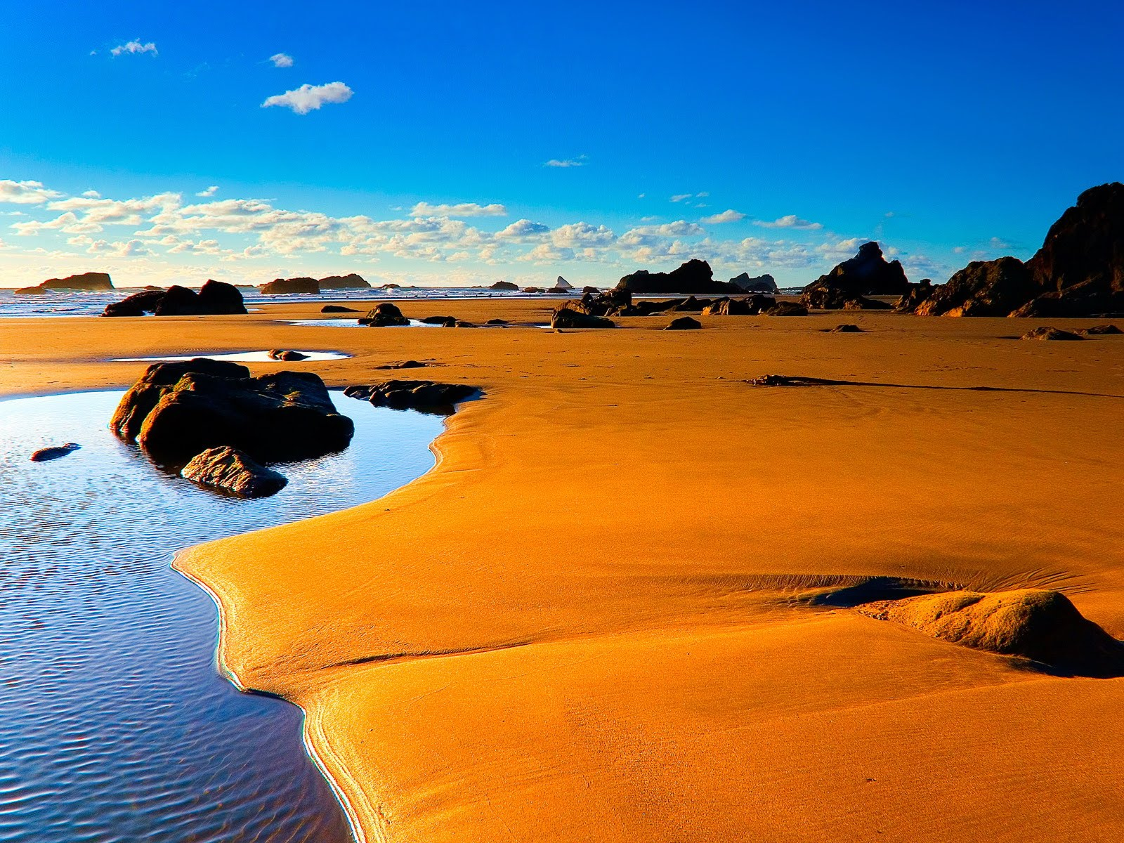 Orange Sand Beach Beautiful PC Android iPhone and iPad Wallpapers 1600x1200