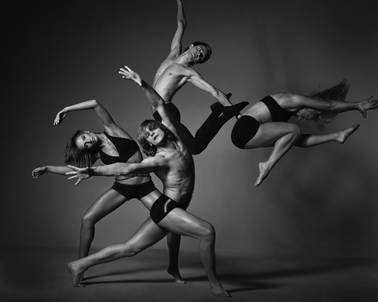 Desiree Huffman dance background 1280x1024