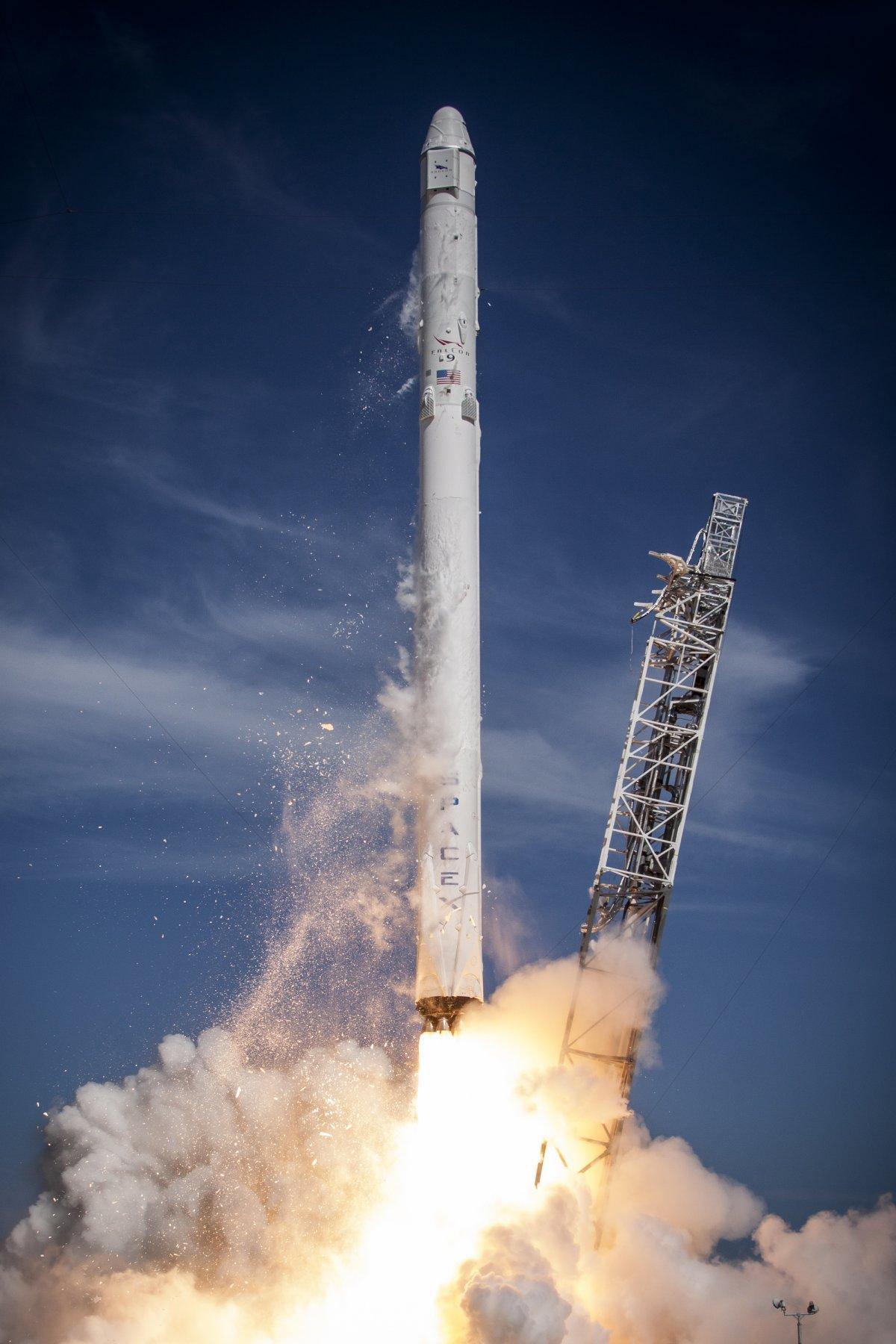 Best 55 SpaceX Wallpaper on HipWallpaper SpaceX Dragon 1200x1800