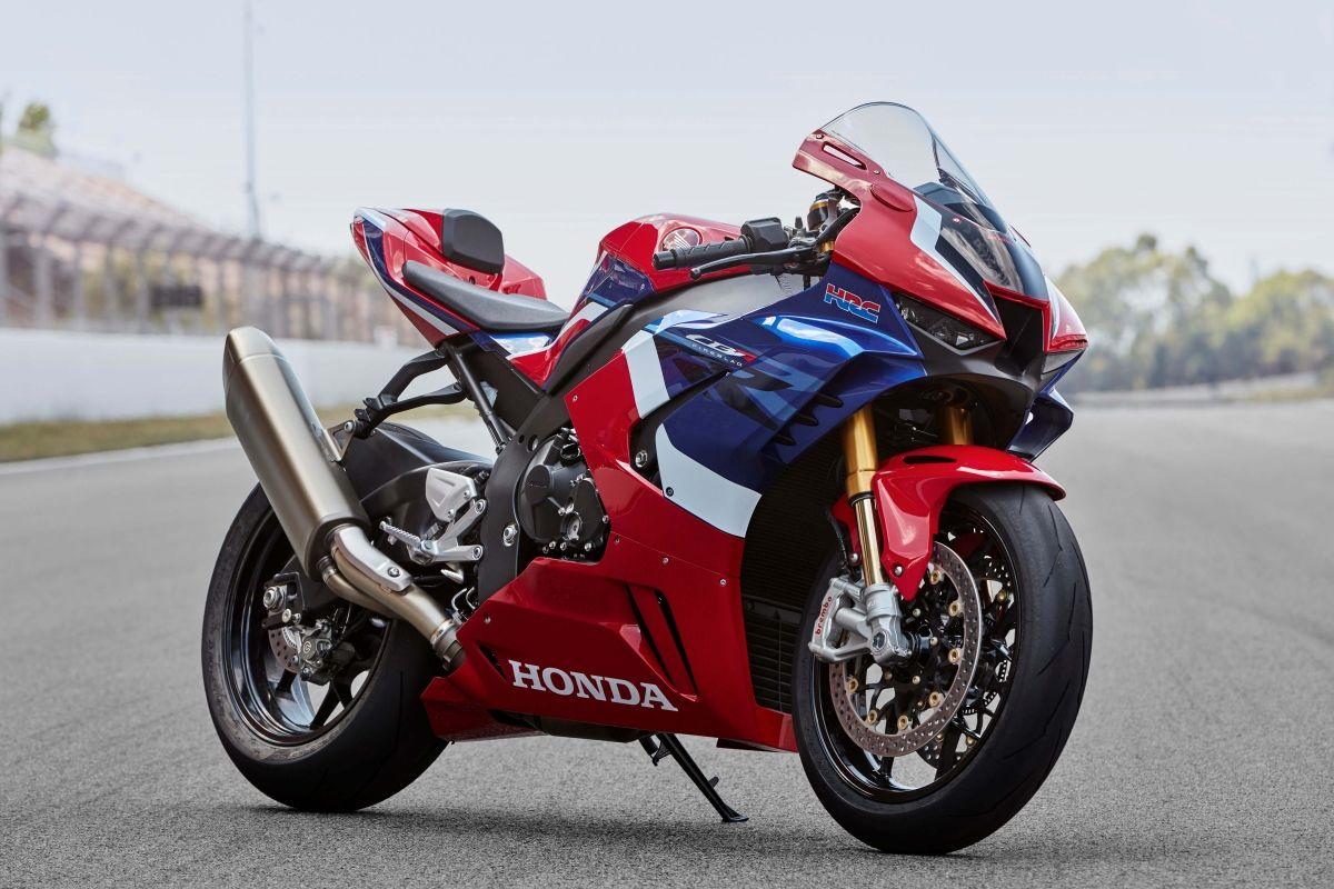 2020 Honda CBR1000RR R Fireblade 217 hp Hondas back in the game 1200x800