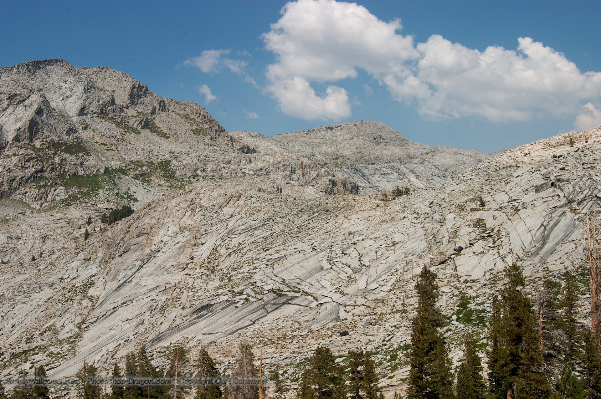 High Peaks in Sequoia National Park Wallpaper 1920x1275