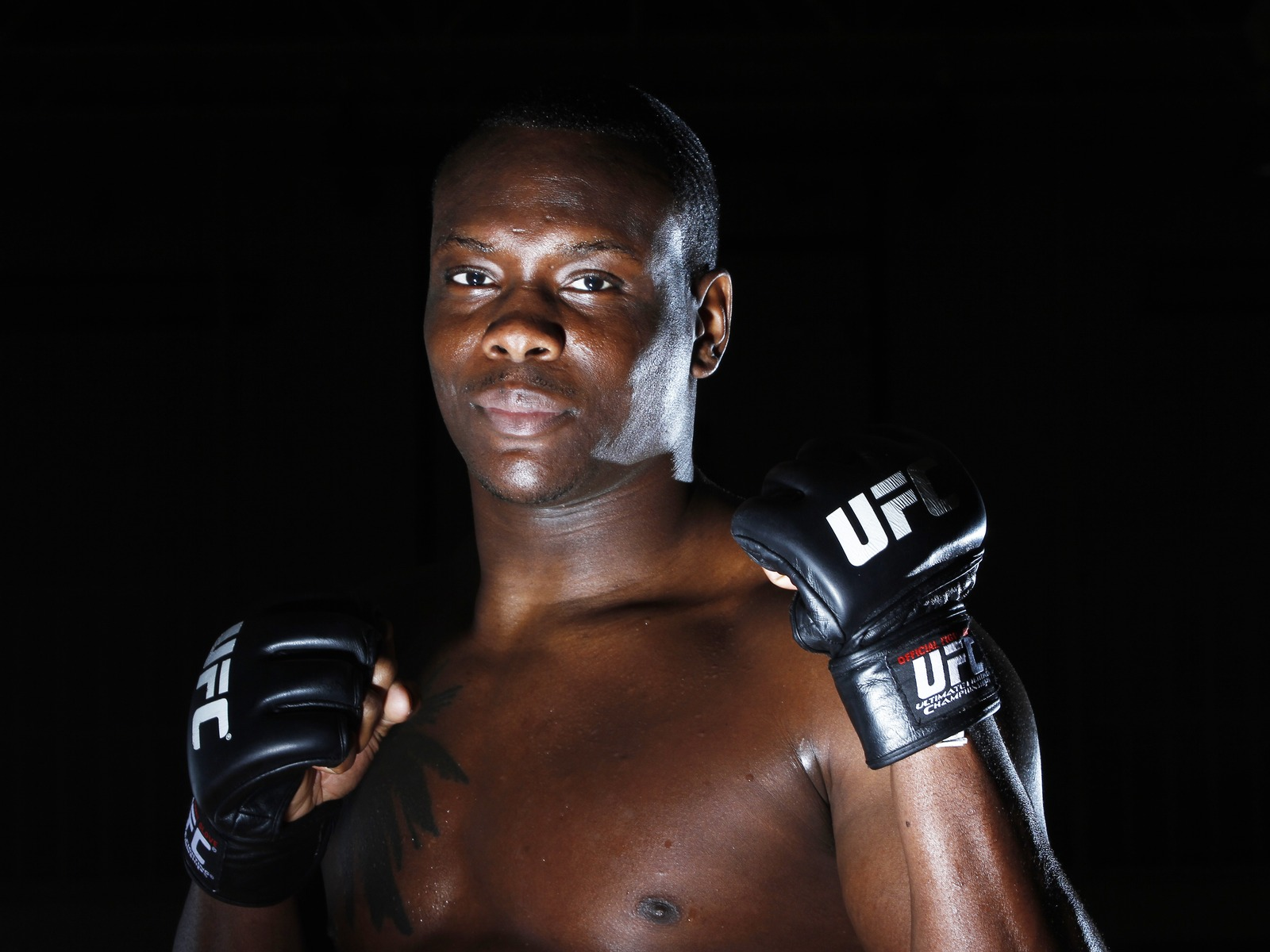Download wallpaper 1600x1200 ovince saint preux ultimate fighting 1600x1200