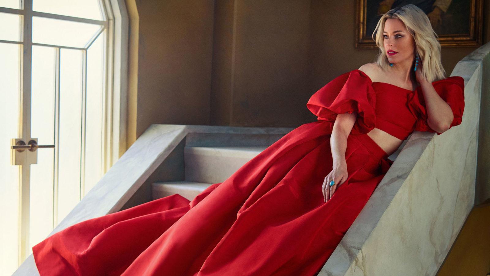 Elizabeth Banks Vanity Fair 4k Wallpapers HD Wallpapers 1600x900