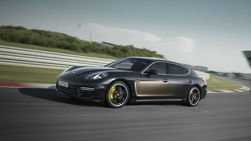 2015 Porsche Panamera 34 Car Hd Wallpaper Wallpaper 807x454